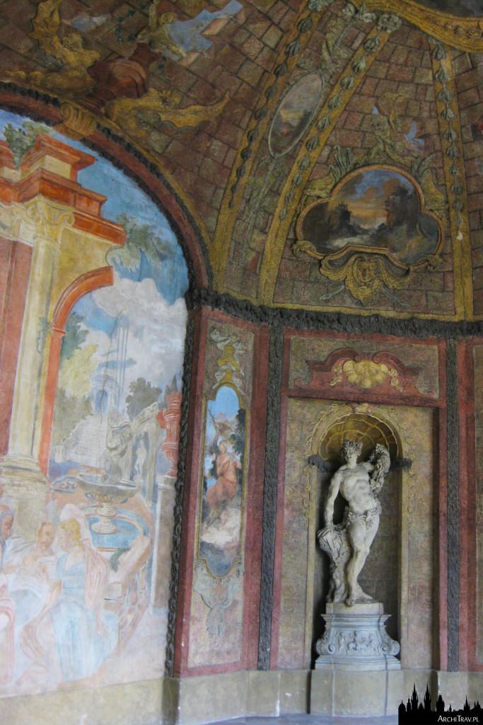 wnętrze sali terrena w Ogrodzie Vrtbowskim w Pradze