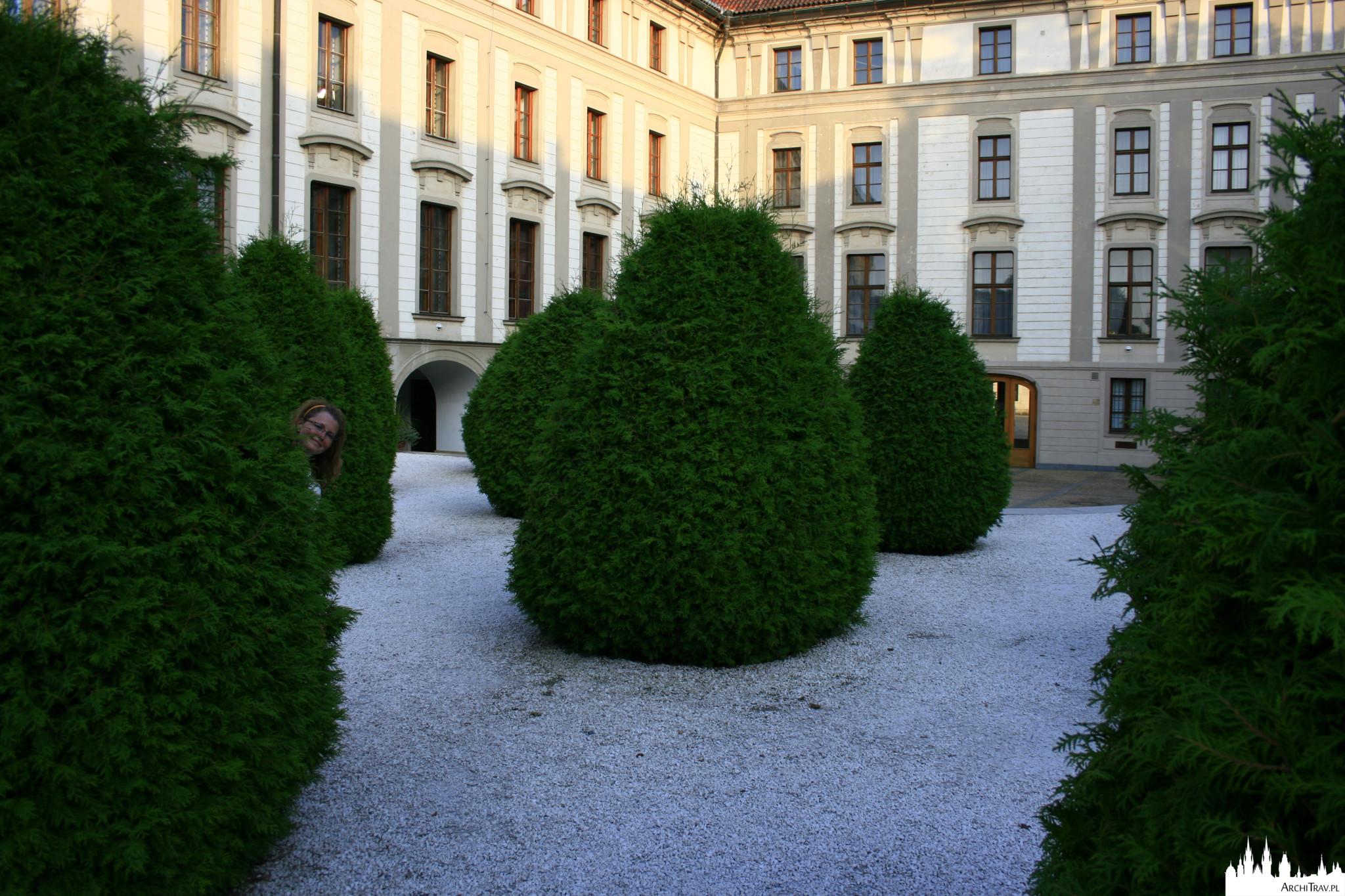 Ogród Basztowy - Zamek na Hradczanach