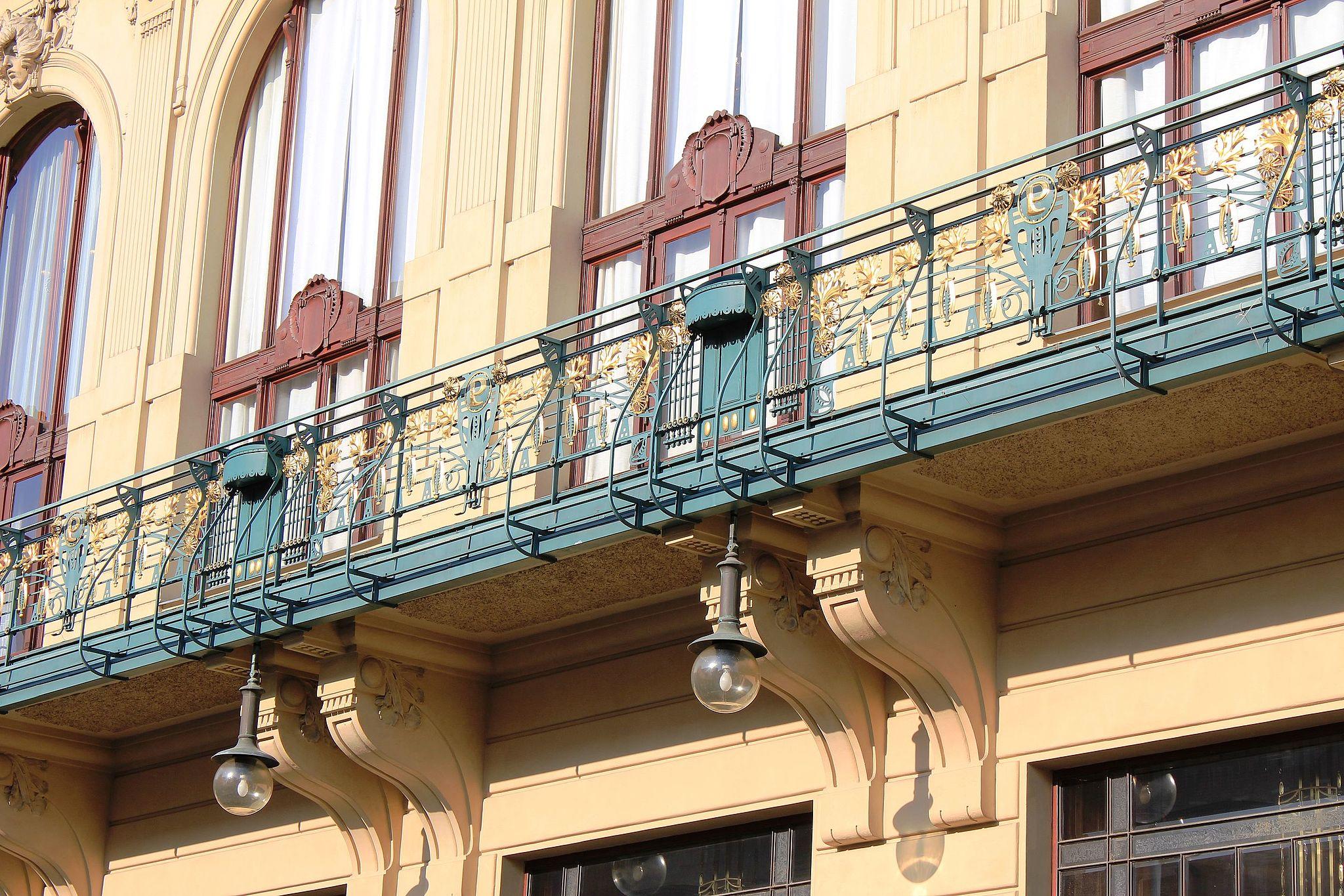 Obecni Dum, Praga detal