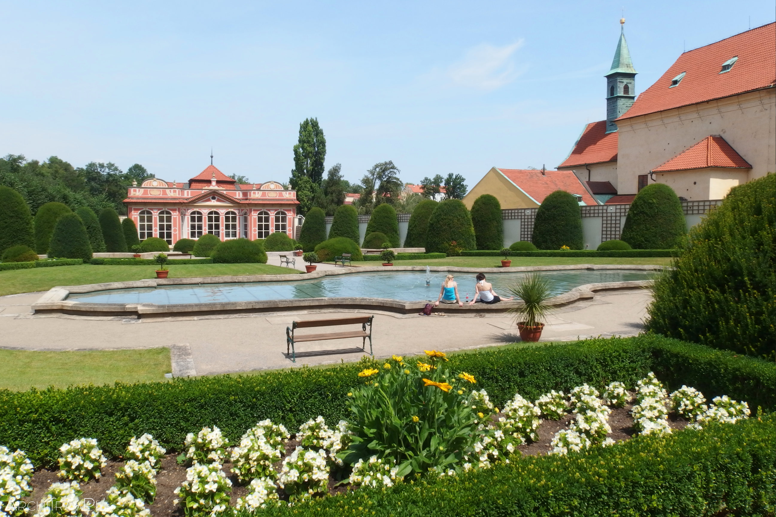 zahrada-cerninskeho-palace